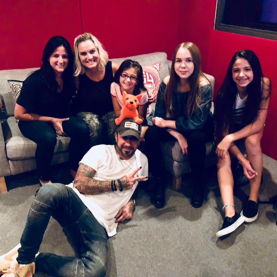 These amazingly talented ladies from Grace Brethren School sang on my album today and wow wow wow. Blown away. Thank you Olivia and Caleigh Moreno and autumn Jessel! With the coolest teacher and mentor Christi Ebenhoch. Thanks  <br>http://pic.twitter.com/nXg2VTKZ4y