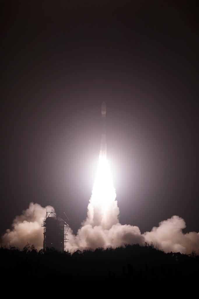 """""""NASA's newest satellite, ICESat-2, will be able to measure polar ice sheet melt down to a sixth of an inch! Congratulations to everyone who made its launch a success."""" ~ George Morrow, Goddard Deputy Director https://t.co/NZMuihMVjT via @NASA_ICE  #ICYMI"""