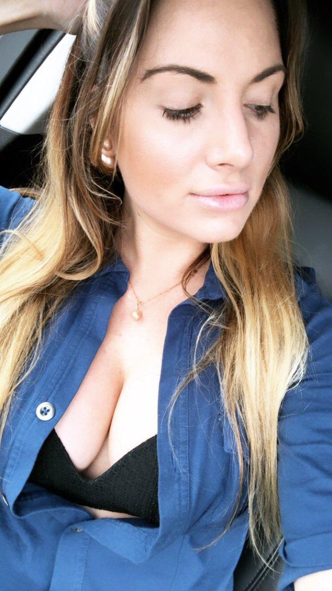 Teagan Presleys - is a porn model. Video, photos, and