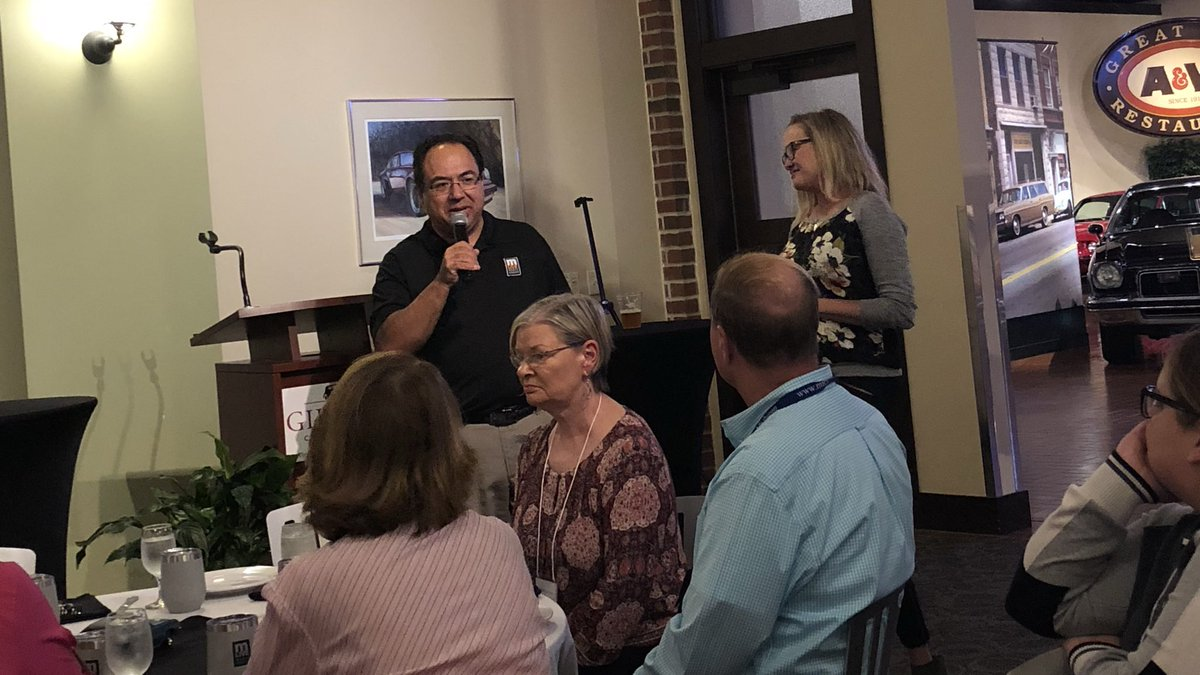 The fun continues at MACVB! Thanks to the .@mlivemibest team, .@MichiganGonzo &amp; .@amyonthetrail, for speaking at the .@MLive sponsored dinner! #MACVB #mibest<br>http://pic.twitter.com/a1rKA0BF1w