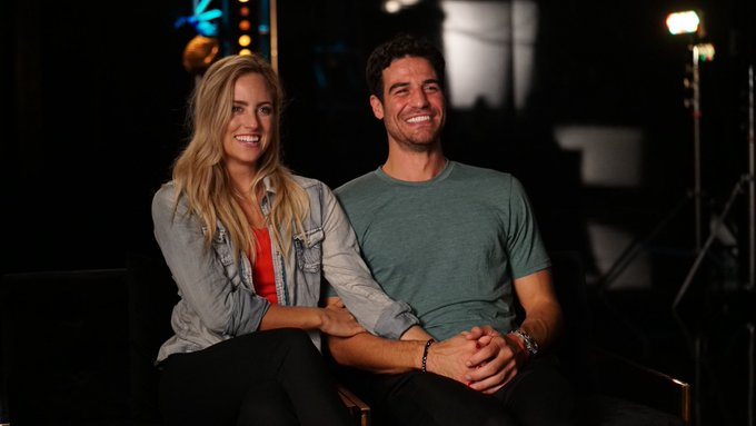Joe Amabile & Kendall Long - Bachelorette 15 - DWTS - Discussion  - Page 8 Dn5PHs_X0AE5HxA