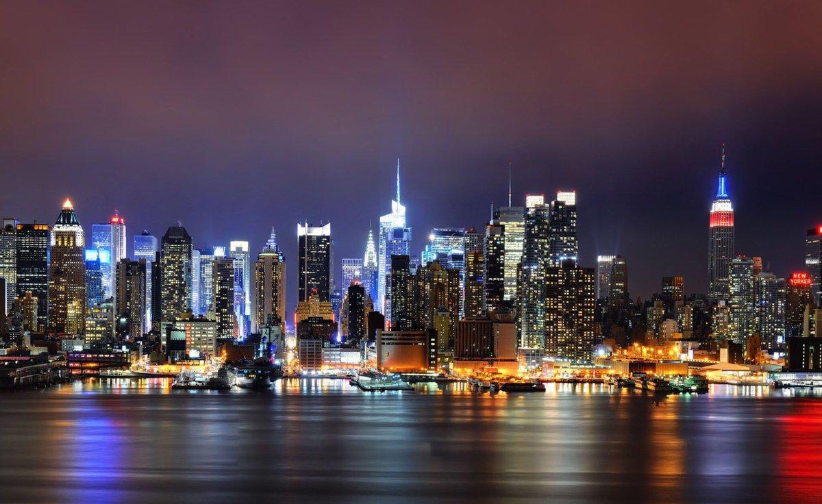 🌃🗽🌆😎  New York by night...  __________ #USOpen
