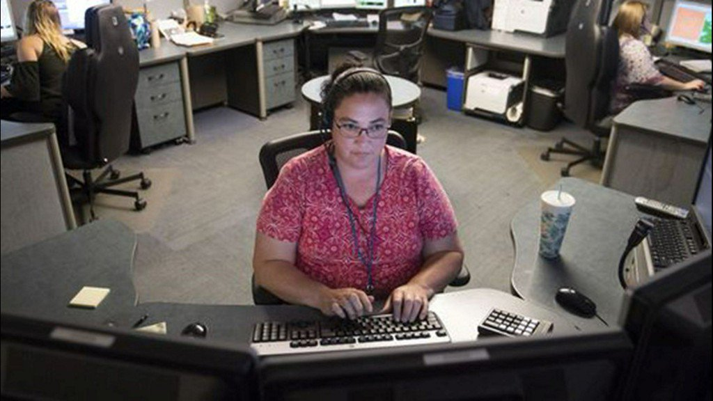 With 911 dispatchers in short supply, average response time is slower https://t.co/xjiqgnZTIP
