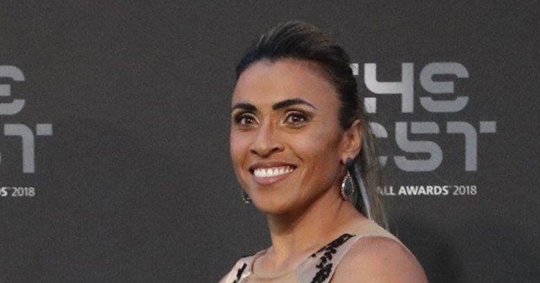 Marta é eleita pela sexta vez a melhor jogadora do mundo https://t.co/lMheGMgNEJ