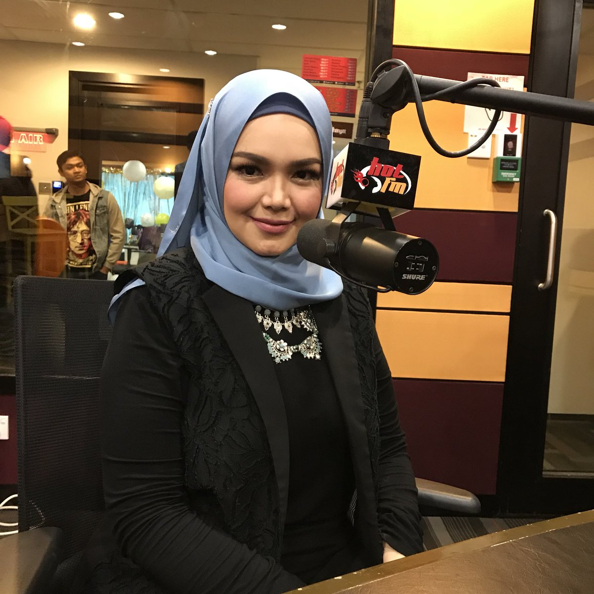 Image result for siti nurhaliza hot fm