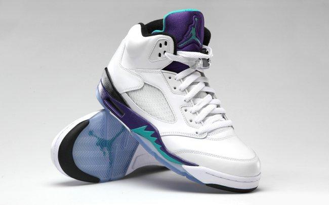 7d4578d03a69e5 ... raffle updates go to     https   fastsole.co.uk sneaker-release-dates nike-jordan air-jordan-5-fresh- prince-grape-av3919-135  …pic.twitter.com 6yuUG35HwL