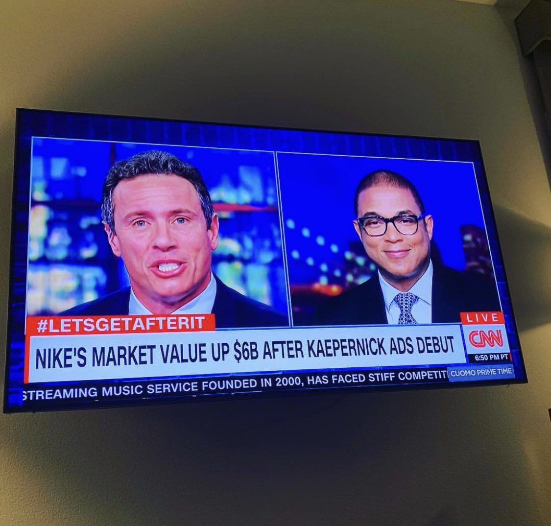 This picture says it all. Read the chyron then look at Don Lemon's face <br>http://pic.twitter.com/pgAGmNbTsc