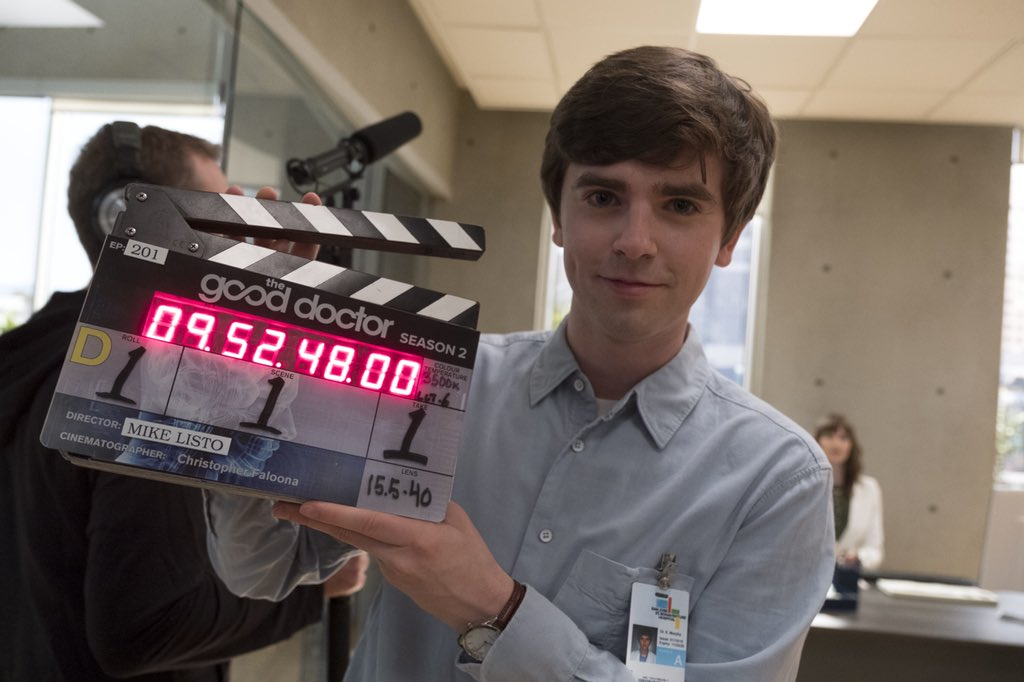 That's a wrap! Retweet if we'll see you next week for #TheGoodDoctor! https://t.co/b7TpRJCJU3