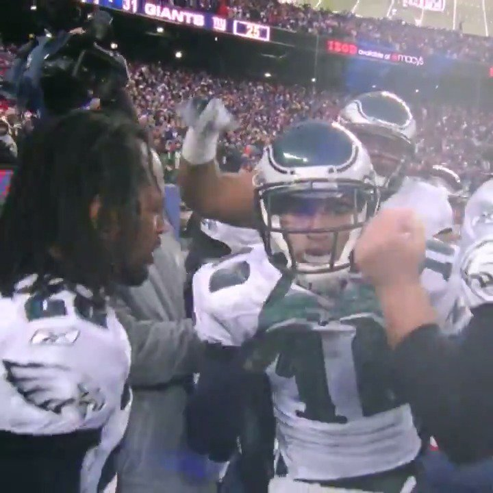 Remembering DeSean Jackson's time with the Eagles   (via @nflthrowback) https://t.co/Fo9cQ6LmG2