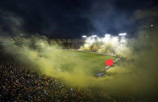 ¡LE DUELA A QUIEN LE DUELA! No es Europa, no es un clásico Boca vs River, no es una final de Champions League... son simplemente los miados evaporándose en en el estadio de Tigres.