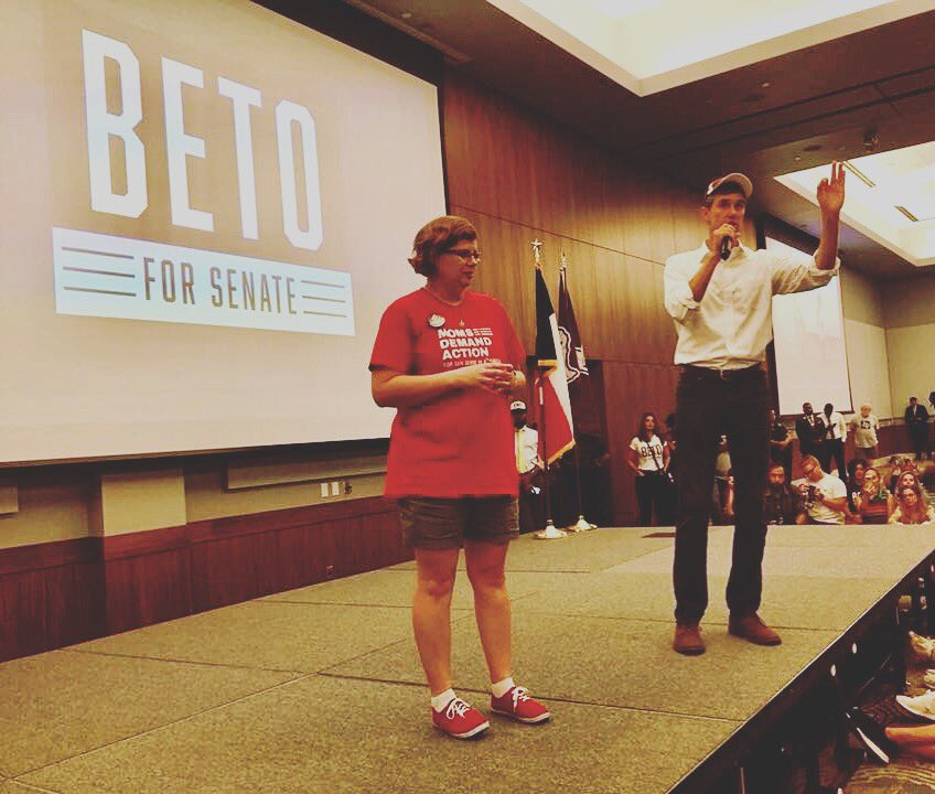 In May, @KimsMom3's daughter Kimberly was shot and killed inside her high school in Santa Fe, Texas. @TedCruz won't return her calls or buck the @NRA, but @BetoORourke brought Rhonda onstage tonight at his rally in Galveston and let her be HEARD.   @momsdemand #TXSenate<br>http://pic.twitter.com/LwiLXD6uQ0