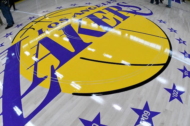 Lakers are taking an artistic approach to further convince players to buy into the team-first mantra. https://t.co/8895kRPrJG