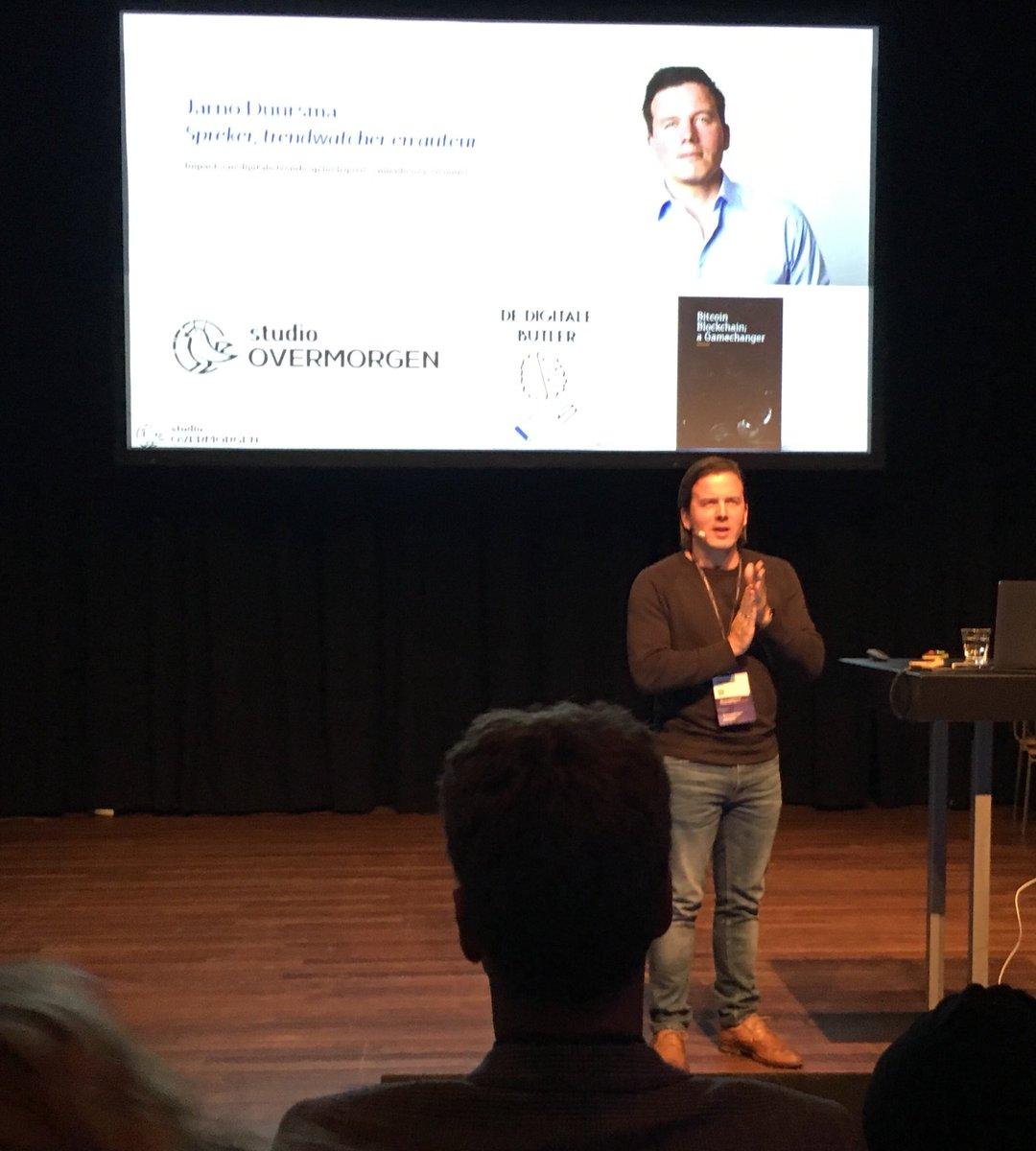 Web accessibility live. Nu al een geslaagde dag. Inspirerende Keynote spreker #jarnoduursma. En wat betekent de wet digitale overheid voor ons als overheid voor de toegankelijkheid van onze websites en apps. #wal2018ams https://t.co/Xlga4qK2O6
