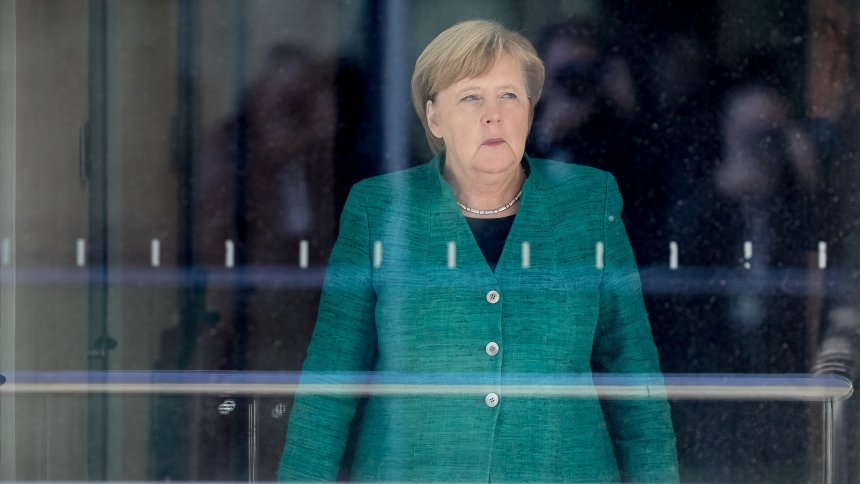 Kauder-Sturz von der Fraktionsspitze: Merkel räumt Niederlage ein https://t.co/R7VDQxrvKe