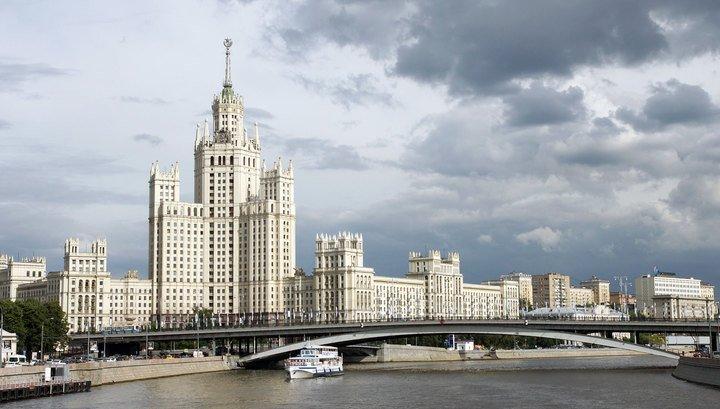 Стало известно, сколько продлится строительство гостиницы и офисного здания в стиле сталинских высоток на Ленинградском проспекте  https://t.co/NWQdeIAOCI