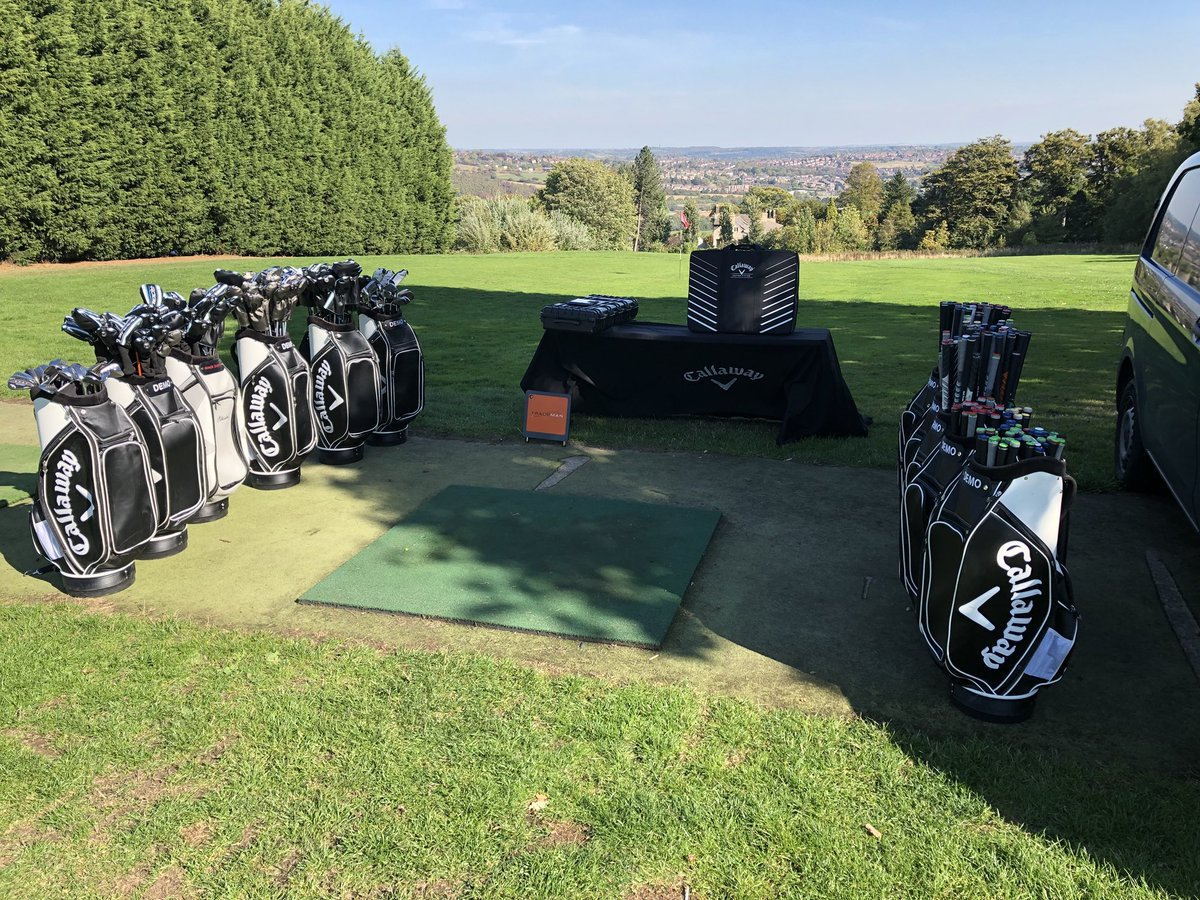 What a day and views to match. Today's @CallawayGolfEU demo event coming from a glorious @Hillsborough_GC with @Mark28Allen @Pipesy93 #Sheffield #teamcallaway