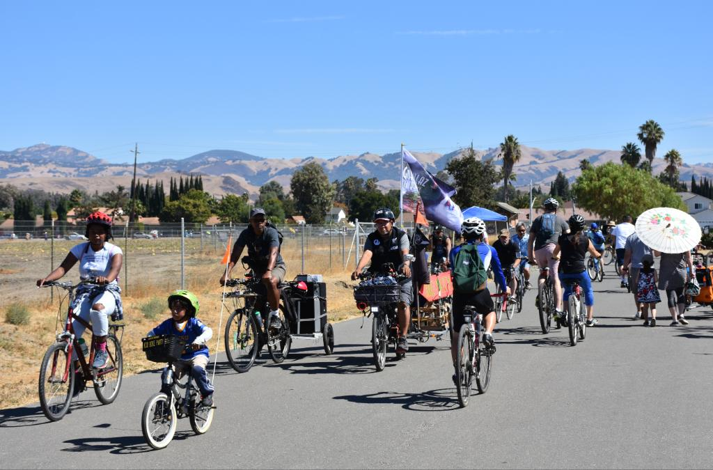 Did you participate in the Viva CalleSJ 5K or open streets program this past Sunday ?!? Check-out some the event photos HERE: https://t.co/BfmQzO5hZy.  Thank you to @VivaCalleSJ for hosting a great event that welcomed folks of all ages and abilities! #AgeFriendlySJ