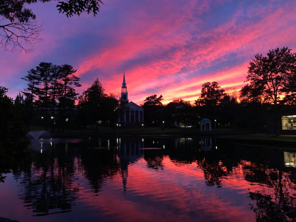 Welcome to the season of incredible sunsets at Wheaton! Sofie Weston '22 captured this gorgeous photo of the sunset above Peacock Pond over the weekend. #WheatonMA https://t.co/yi5o4wB4b8