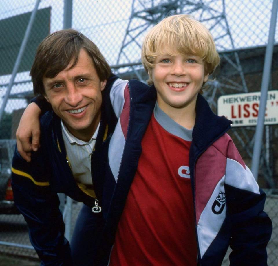Cruyff & Cruyff, 1982.