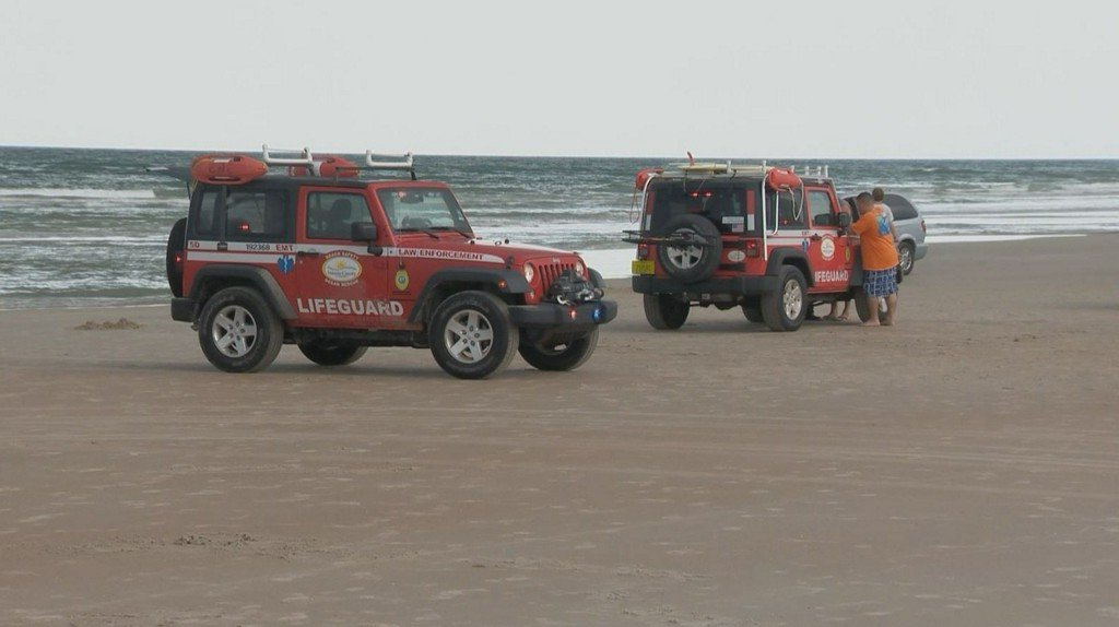 Dozens rescued from rough surf off Volusia beaches https://t.co/gnrSHeG768