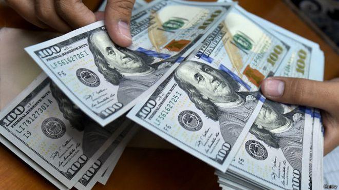 El dólar se dispara 2,8% a $39,22, ante una renovada incertidumbre por la renuncia de Luis Caputo al Banco Central https://t.co/FaCdZAJriF