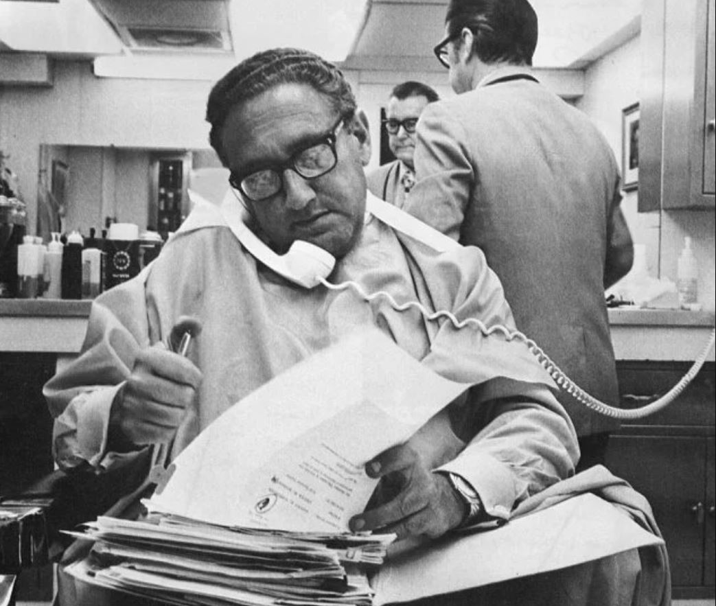 test Twitter Media - Our new grant to @columbialib will support The Freedom of Information Archive at History Lab, the largest international database of declassified documents - from the Kissinger phone conversation transcripts to UK Cabinet papers #openaccess https://t.co/sdg2wHckJ5 https://t.co/Ix9kU6wNif
