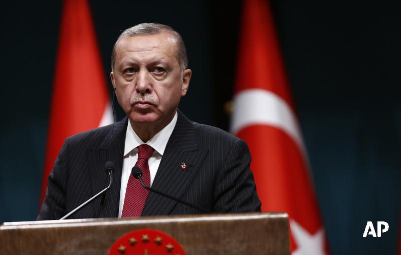 Эрдоган покинул зал Генассамблеи ООН, когда выступал Трамп: https://t.co/m5JeV6zUca