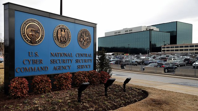 Ex-NSA employee who took classified material home gets five years in prison https://t.co/iIFOcvS7na https://t.co/07VqJKqIAo