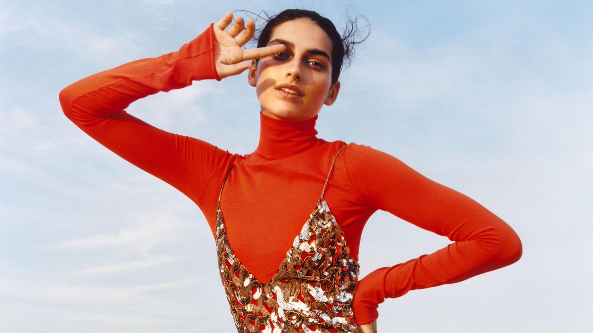 Rise and shine: See the best metallic looks for fall. https://t.co/EIPRaIGiCZ