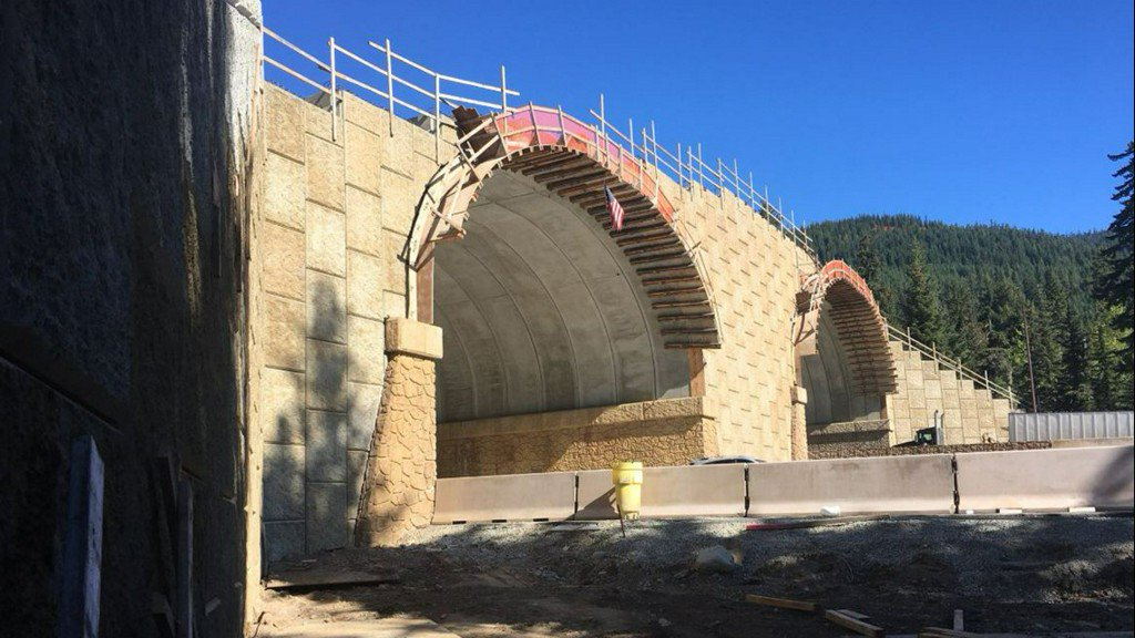 State's first wildlife 'overcrossing' near Snoqualmie Pass almost complete https://t.co/Jkrm3BerSg