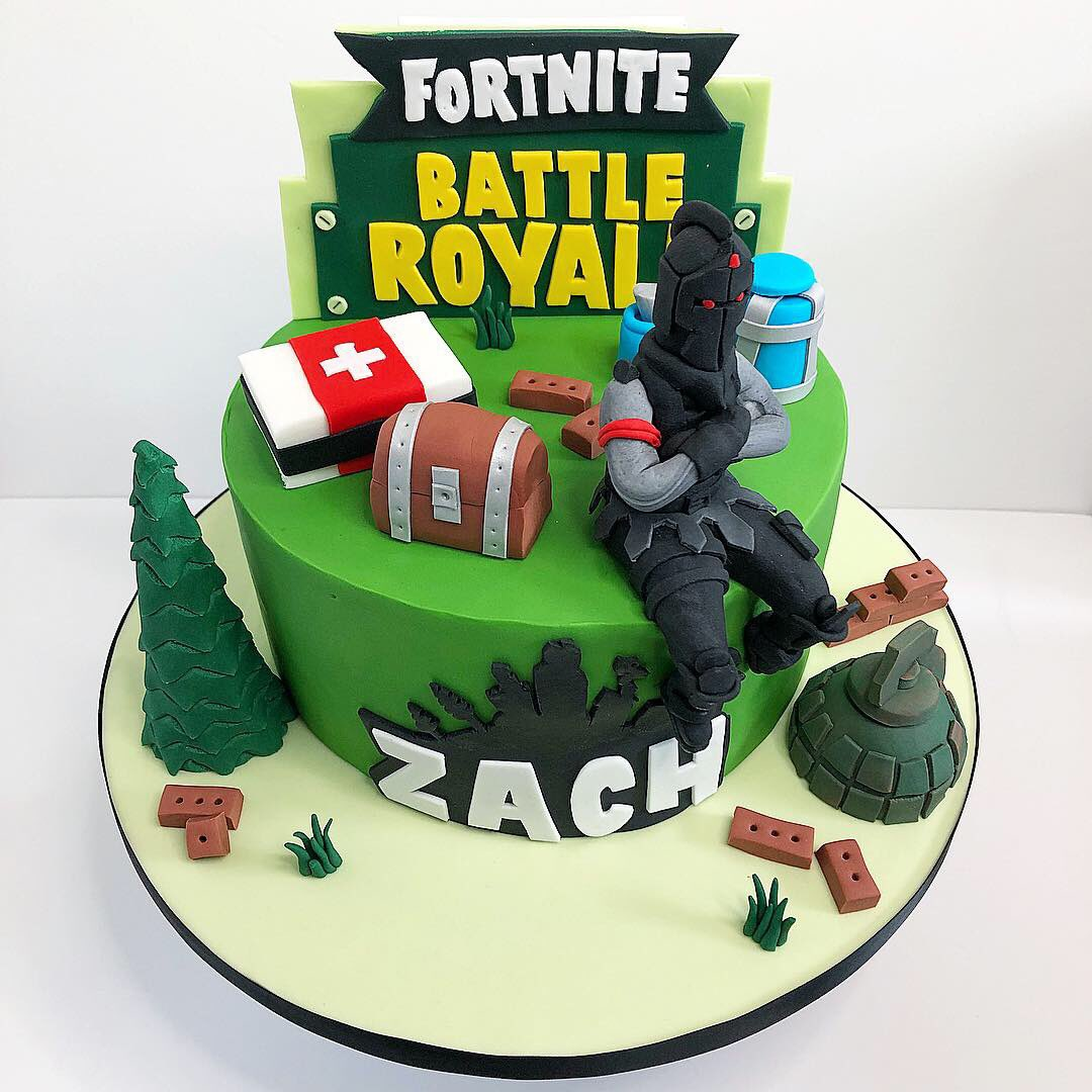 Excellent Tidbits Treats On Twitter Fortnite Cake With The Black Knight Funny Birthday Cards Online Eattedamsfinfo