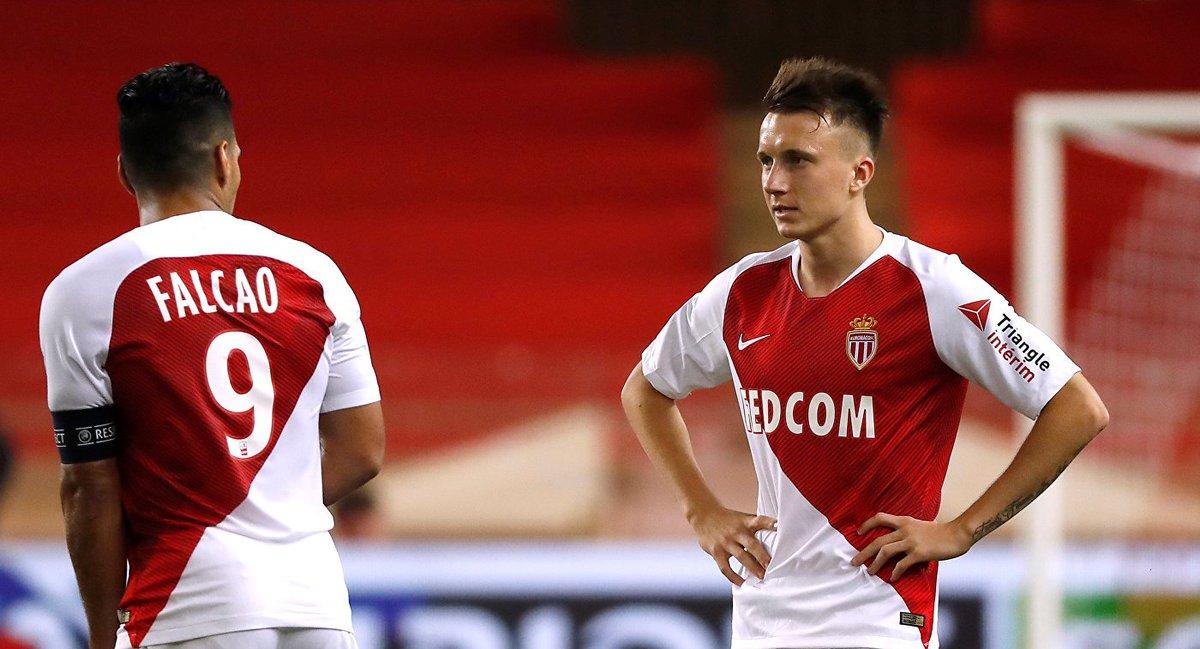 Александр Головин - впервые в стартовом составе @AS_Monaco в матче против 'Анже'!  Саша, вперёд 🔝 #вместемыкоманда