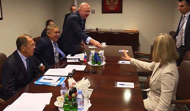 Могерини отказалась пить кофе из чашки Небензи на Генассамблее ООН:  https://t.co/8UUbgy2hxg