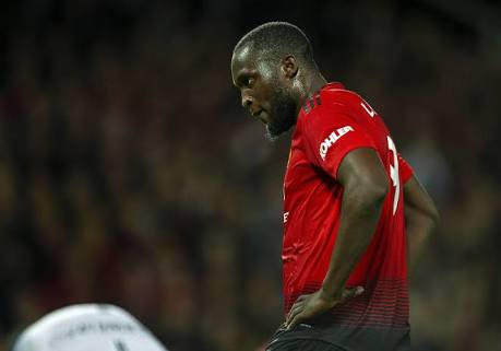Manutd vs Derby: 'How Many Chances Does He Need To Score???' – Fans Throw Mud At Lukaku For Missing This Goal(Video)