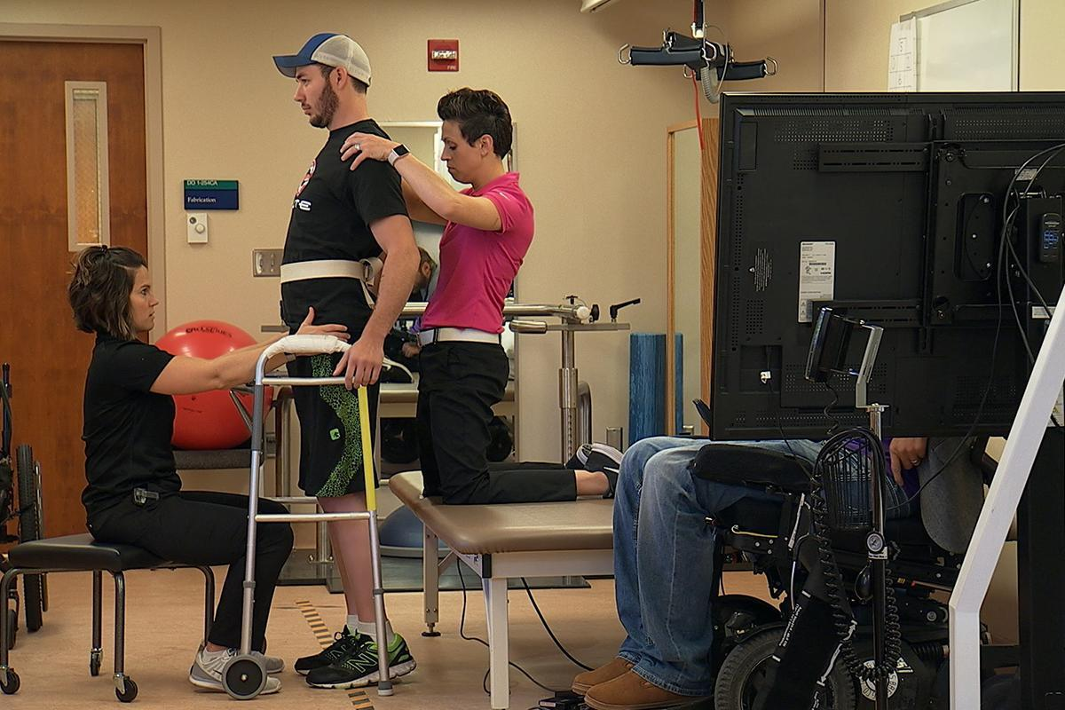 Three people with paralysis can walk again with nerve-boosting implant https://t.co/oD9ZojLNiS