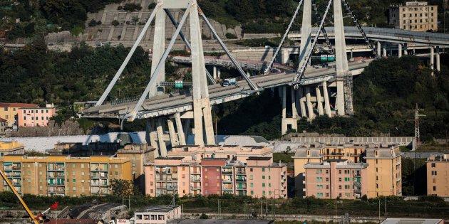 42 giorni senza decreto. Per il governo anche su Genova è colpa dei tecnici - #giorni #senza #decreto. #governo  https:// www.zazoom.info/ultime-news/4701460/42-giorni-senza-decreto-per-il-governo-anche-su-genova-e-colpa-dei-tecnici/  - Ukustom