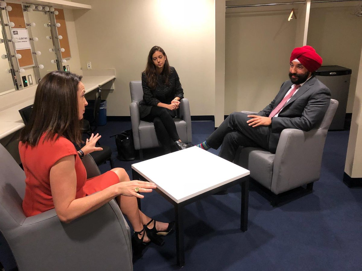 """Navdeep Bains on Twitter: """"Sat down with @Square's ..."""