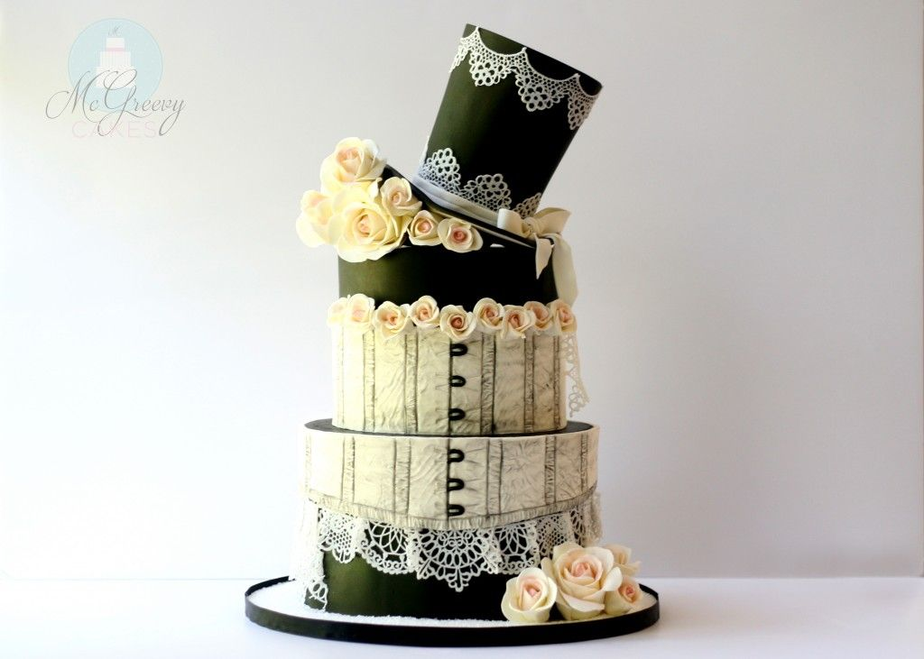 #Steampunk ⚙️ Awesome of the Day: Piece Monte #WeddingCake 🎂 with Hat 🎩 Corset & Flowers 🌹 by @mcgreevycakes via @CakeDecMagazine #SamaCake 🍰