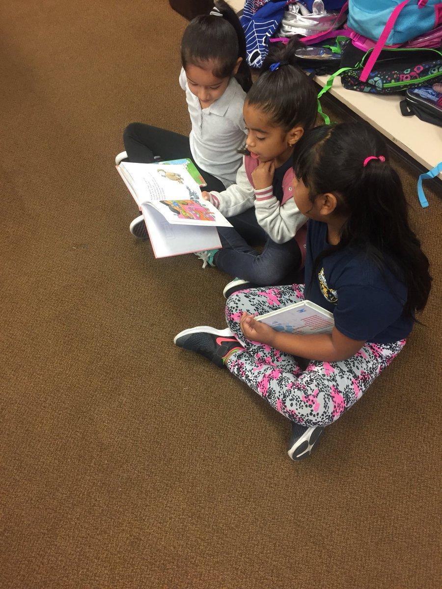 Olive Street Elementary School   innovative • diverse • collaborative