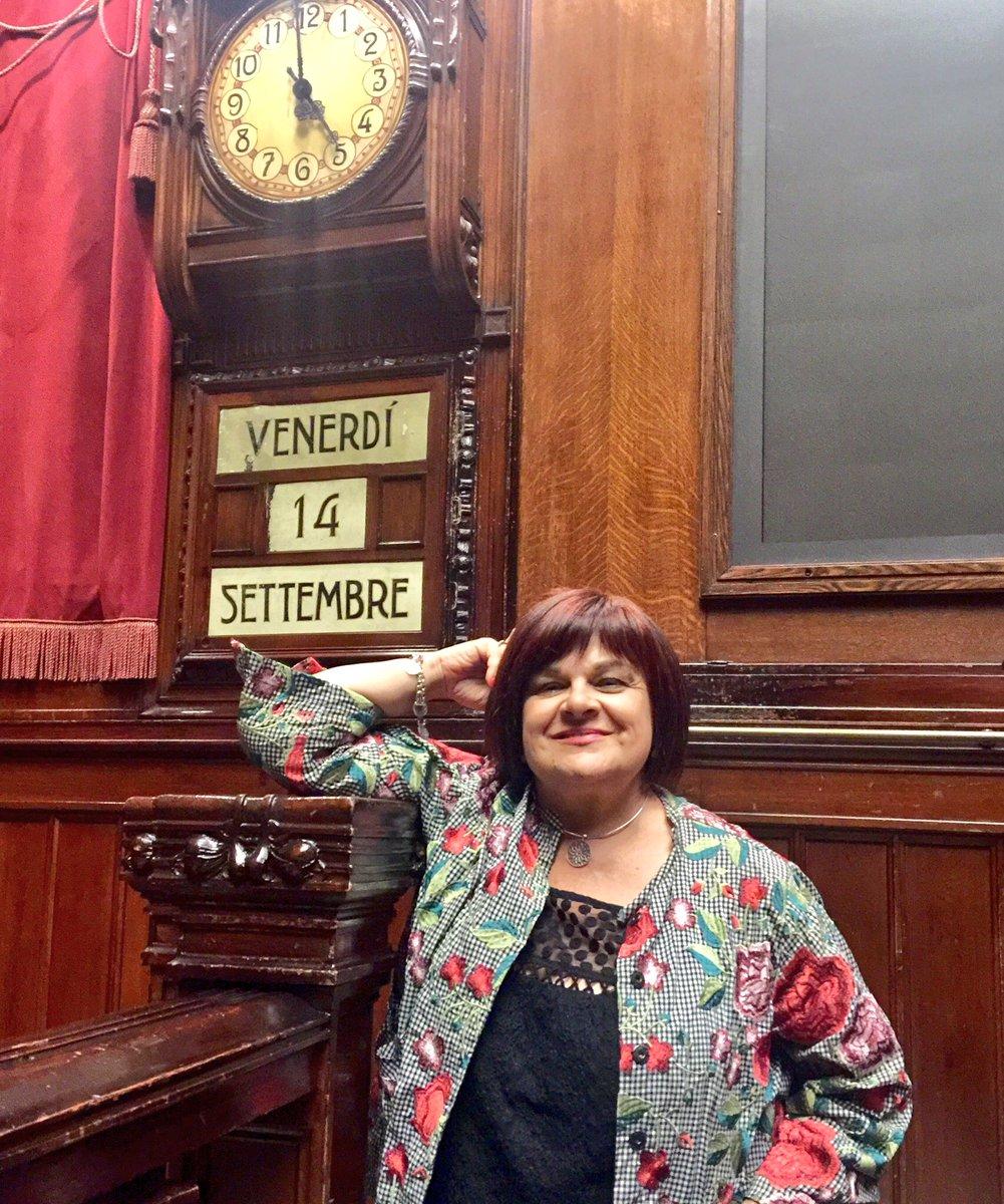 Sono le 5 di #venerdì14 #settembre, sono in #aula @Montecitorio e sono di nuovo intervenuta per convincere #governo #gialloverde a inserire le misure da me proposte per #terremotati #sud #vaccini #periferie. Da 20 ore siamo qui a combattere #frescacomeunarosa #milleproroghe  - Ukustom