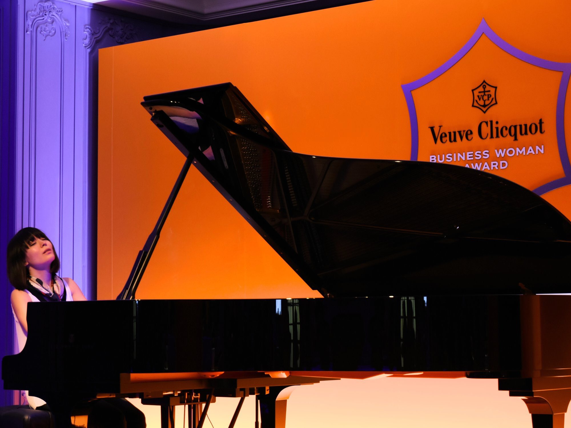 Reloaded twaddle – RT @AMusicland: Alice Sara Ott at Veuve Clicquot Business Woman Award 2018 Cerem...