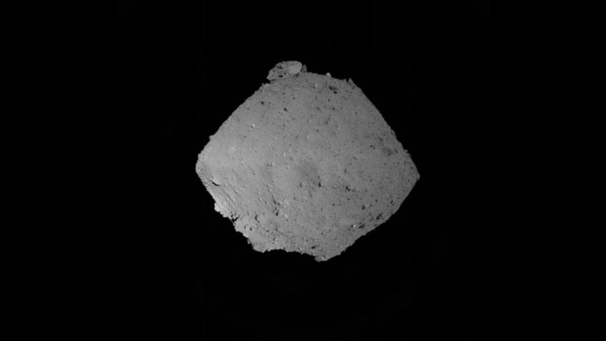 はやぶさ2、小惑星への初着陸リハーサルがうまくいかず自己判断で中止に #乗り物 #ロボット #サイエンス #宇宙 #地球 #テクノロジー https://t.co/ysQhni7Lgy
