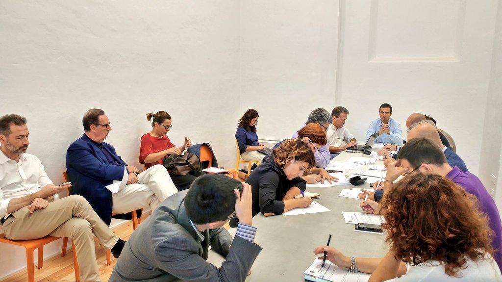 Sono iniziati i lavori ai tavoli di questa sesta tappa di #ToscanaDigitale! Si parla di #smartcity, #comunicazione digitale e #PA, #infrastrutture e piattaforme digitali e di #OpenToscana, la casa dei #servizidigitali.  - Ukustom