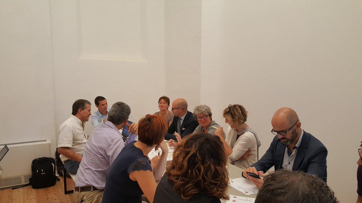 #ToscanaDigitale In questo momento al tavolo su Smart city e nuova comunicazione pubblica l\