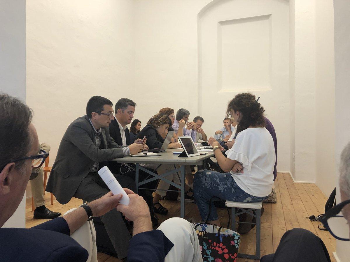 Proposte, idee e tanti spunti interessanti al tavolo su nuova comunicazione e smart cities di #ToscanaDigitale  - Ukustom