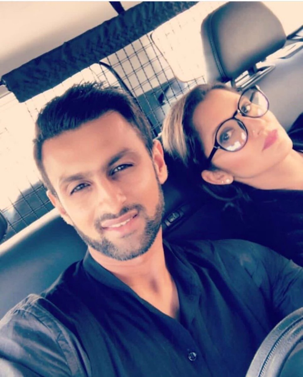 There are a couple of us missing you here! Need a time machine @realshoaibmalik..real quick...! #fbf #nostalgia #beautifulface come back soon and maybe without the stubble...😜