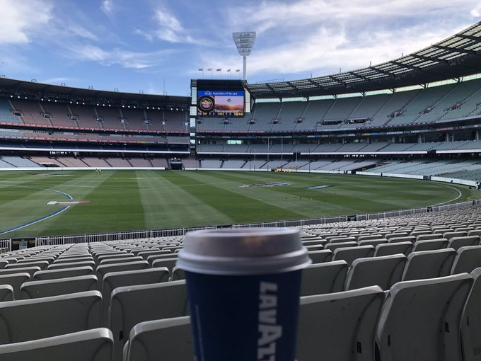 How's the serenity of the @MCG? #pregamelatte #AFLHawksDees Photo