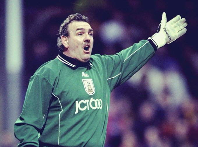 Happy birthday to Neville Southall, the former Everton keeper turns 60 today.