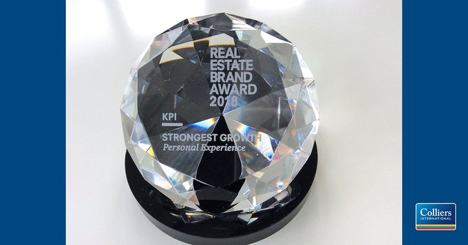 Wir haben den Real Estate Brand Award 2018 &quot;Strongest Growth Personal Experience&quot; gewonnen. Wir freuen uns riesig und sind hochmotiviert, diese Auszeichnung auch in Zukunft mit höchster Dienstleistungsqualität zu rechtfertigen.<br><br>Sind Sie dabei?  t.co/TcUguvjkQn