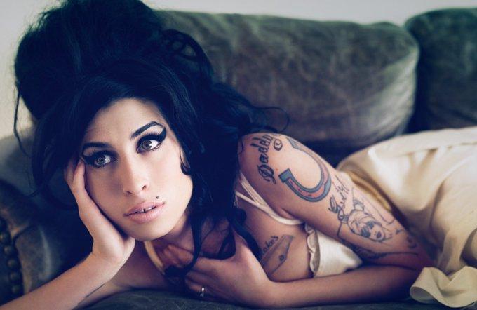 Happy birthday, hermosa - Amy Winehouse -